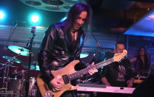 [Youtube] NUNO BETTENCOURT WITH STEVE VAI, TOM MAORELLO, RICHIE KOTZEN AND OTHERS